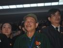 Quảng Bình: Người dân đổ về sân bay Đồng Hới chờ đón Đại tướng